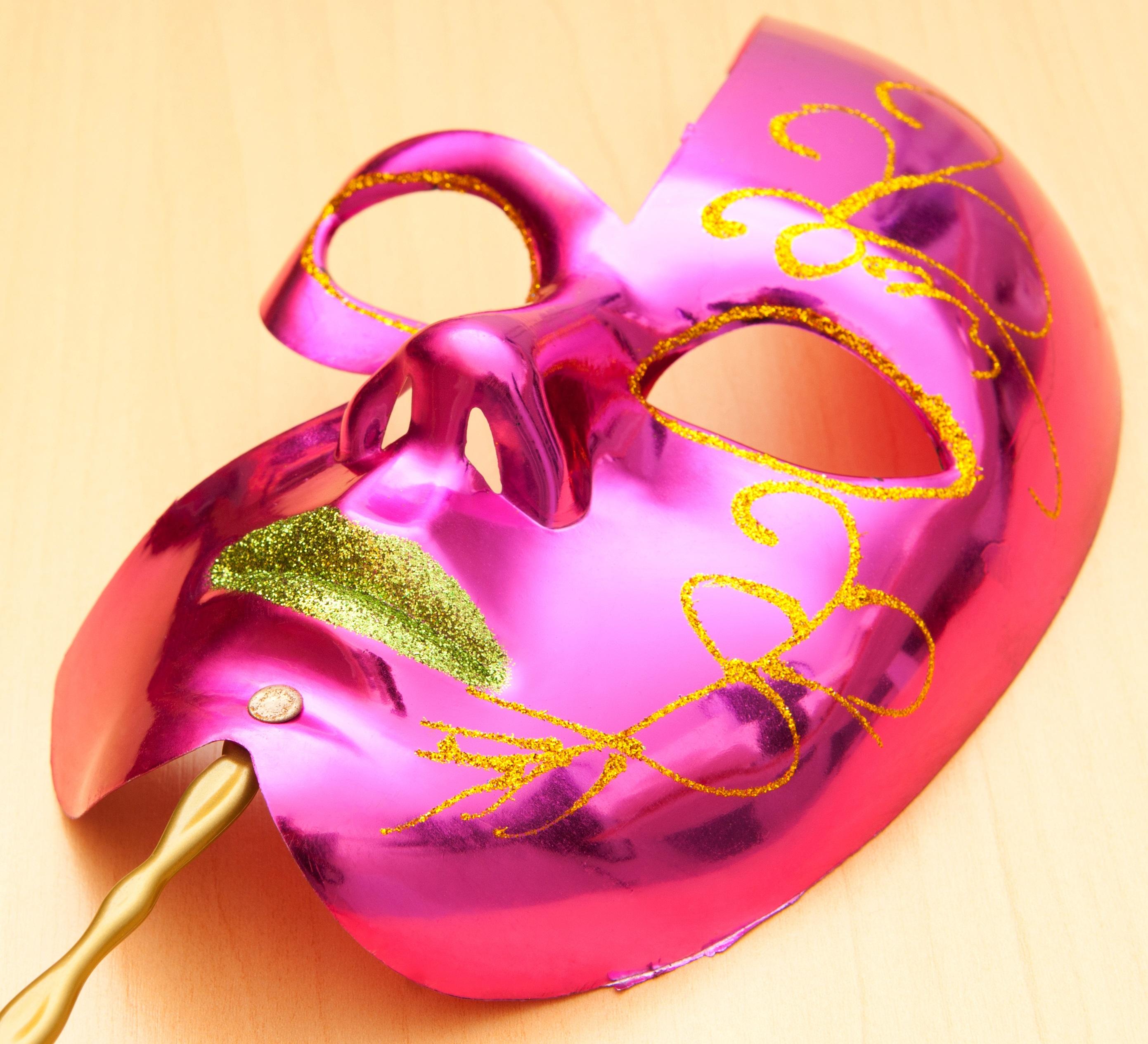 Masker maken_Venetiaans masker roze